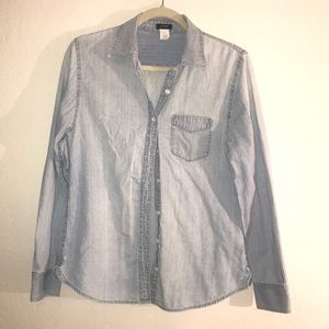 Jcrew chambray button up long sleeve shirt